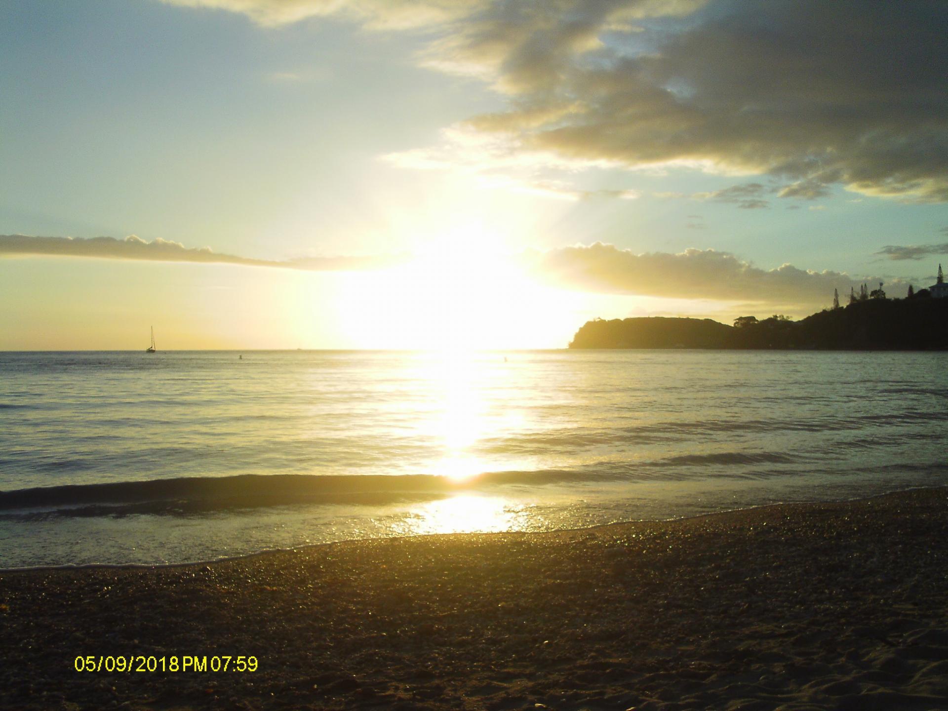 Coucher de soleil Nouméa Photo Fabienne